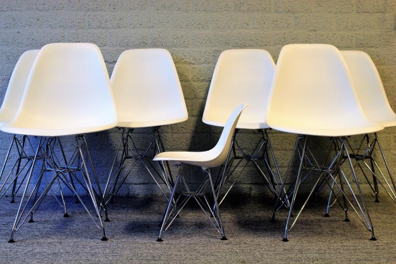 Design stoelen tweedehands