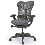 Tweedehands Herman Miller Mirra Chair graphite bureaustoel